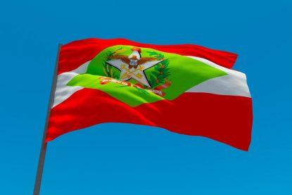 Bandeira de Santa Catarina Tremulando