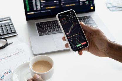 Embedded Finance é o termo é usado para definir a inclusão de serviços financeiros dentro de uma empresa que não possui atuação neste setor